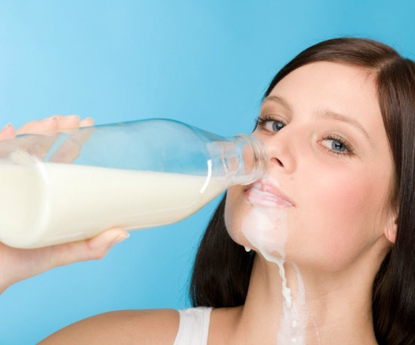 why-do-people-think-milking-is-cool-1351636765-nov-26-2012-1-600x500
